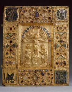 Boîte de reliure dite cassette-reliure : la Crucifixion et les symboles des quatre évangélistes - Photo (C) RMN-Grand Palais / image RMN-GP - Musée du Louvre