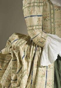 Robe à la polonaise - Musée d'Art du comté de Los Angeles (LACMA)
